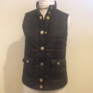 Tory Burch  Black vest, missing snap clip,,